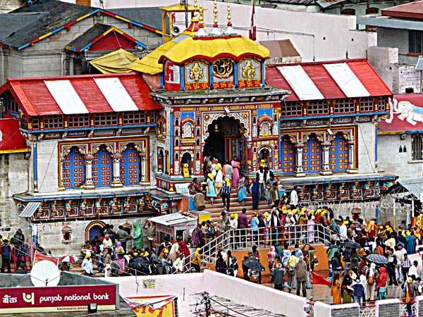 badrinath temple @lemonicks.com