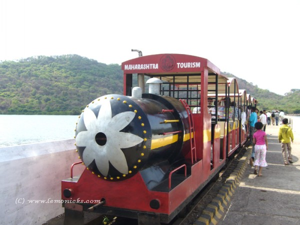 toy train at elephanta @lemonicks.com