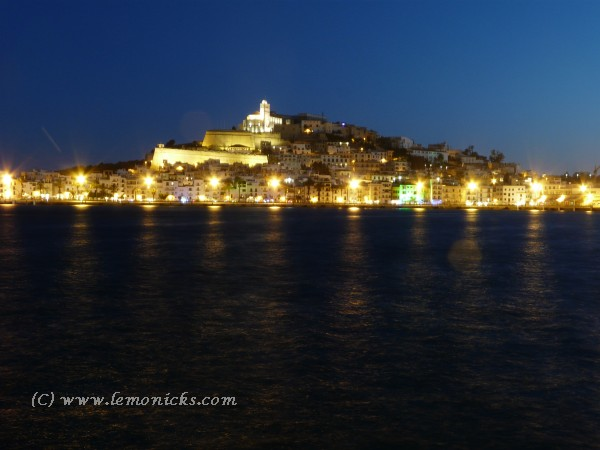 old town at night ibiza@lemonicks.com