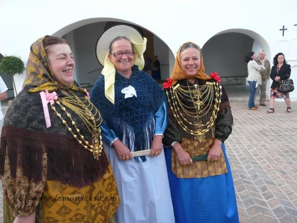 folk dance women ibiza @lemonicks.com