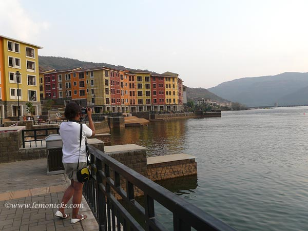 Lavasa lake @lemonicks.com