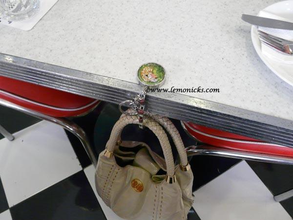 Bag holder @lemonicks.com