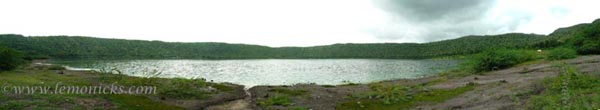 lonar lake panorama @lemonicks.com