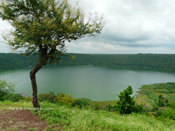 Lonar lake @lemonicks.com