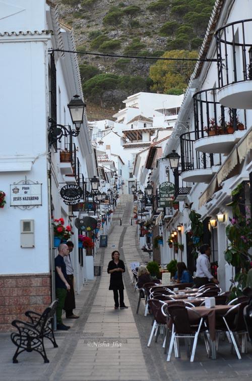 Spain's most photographed street lemonicks.com