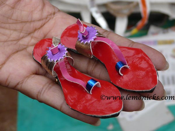 Leather footwear in Matheran @lemonicks.com