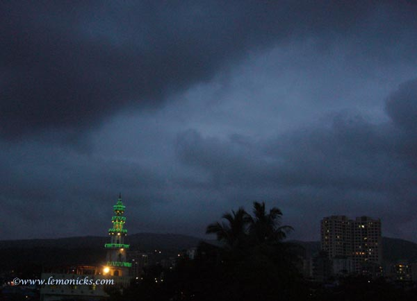 Dawn in mumbai @lemonicks.com