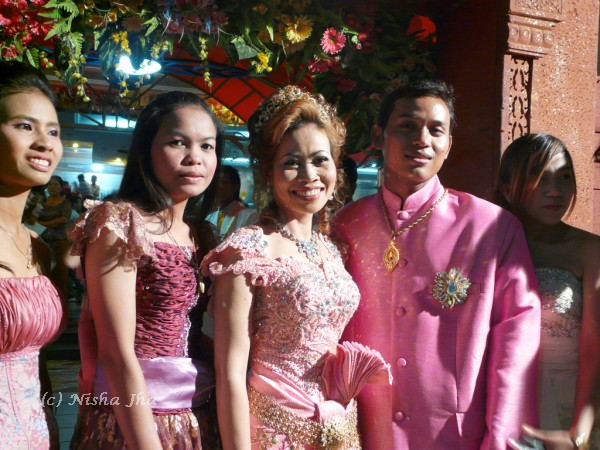 cambodian wedding @lemonicks.com