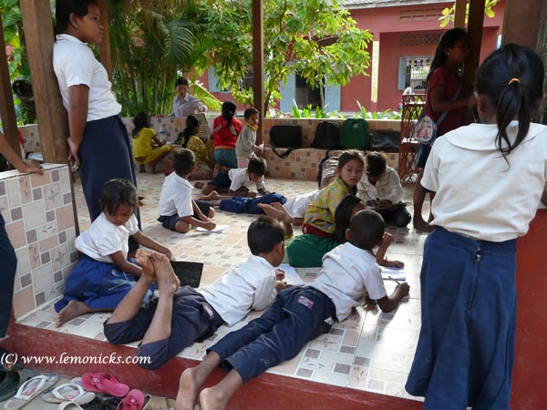 What is voluntourism siem reap school @lemonicks.com