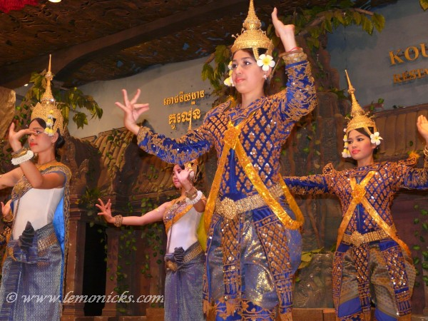Apsara dance @lemonicks.com