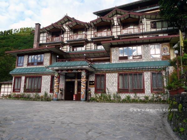 Royal Demazong Sikkim@lemonicks.com