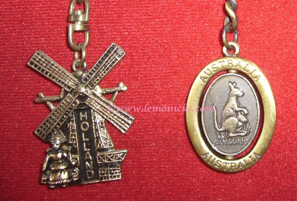 souvenir key chains @lemonicks.com