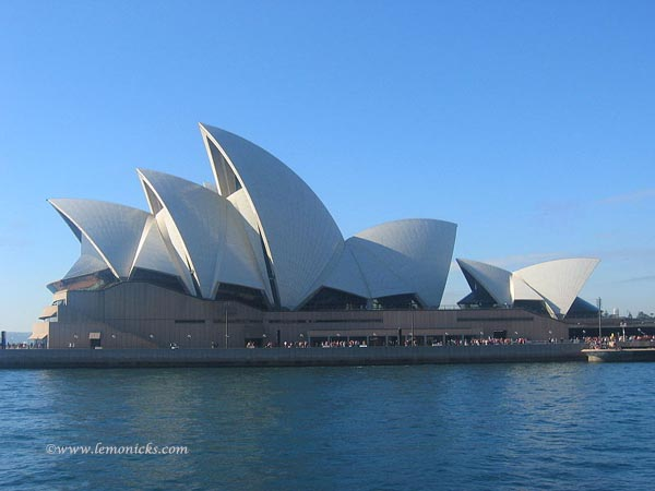 sydney opera house @lemonicks.com