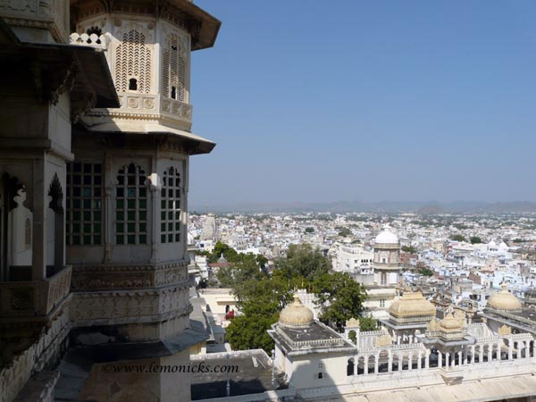 Udaipur city from palace @lemonicks.com