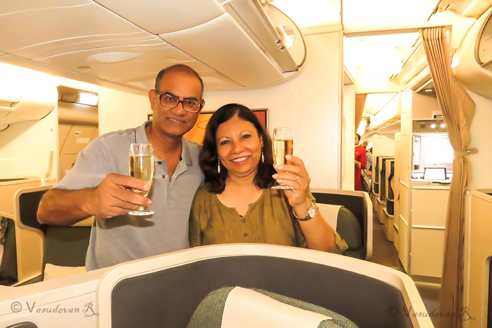Cathay Pacific Business class A350 , Champagne