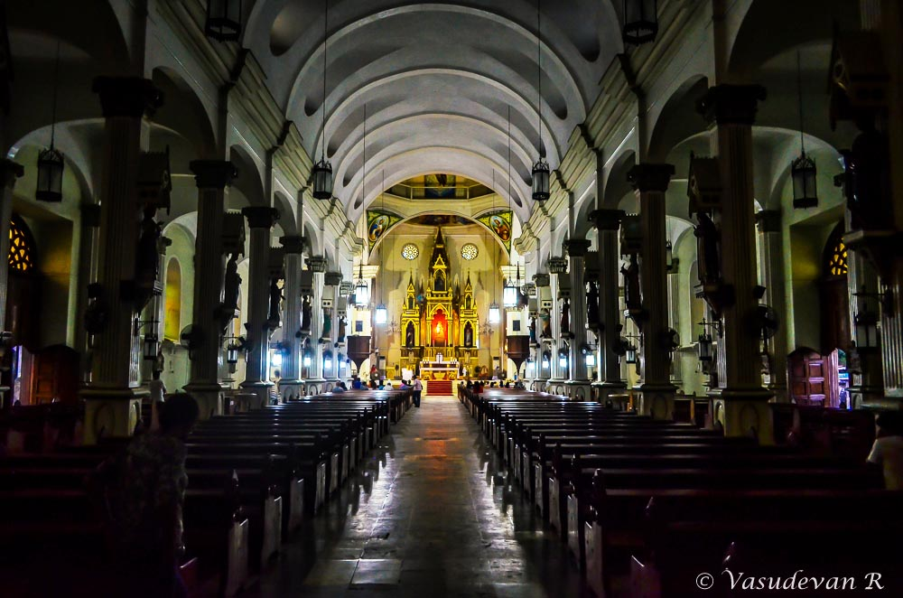 things to do Iloilo city, Western Visayas, Molo Church,