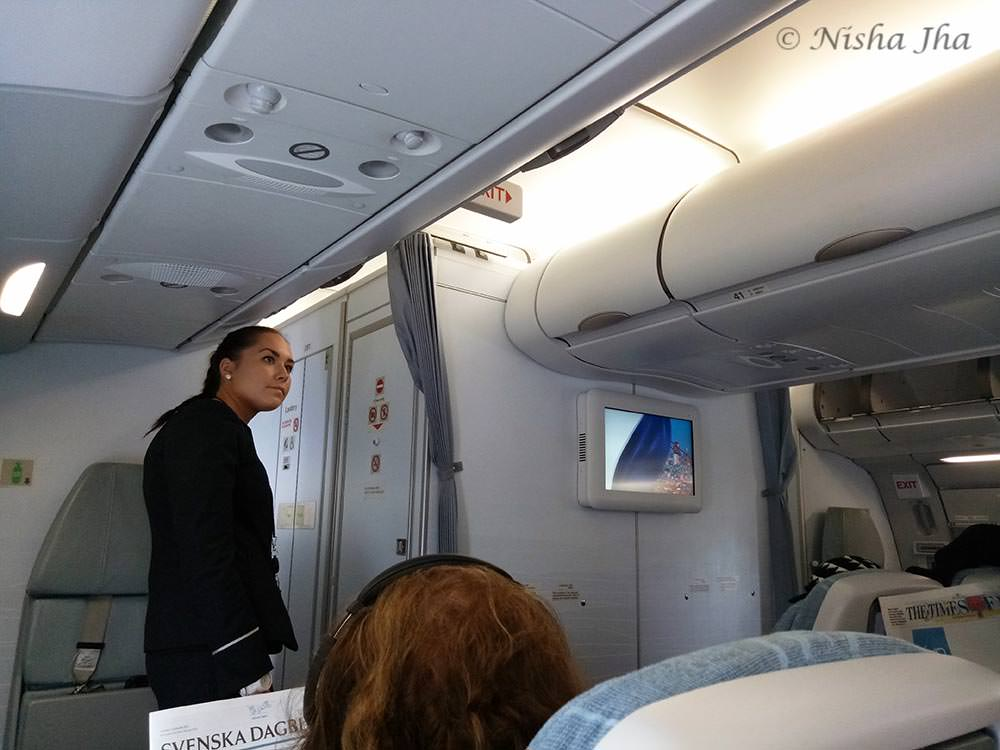finnair review economy class A330 300 @lemonicks.com