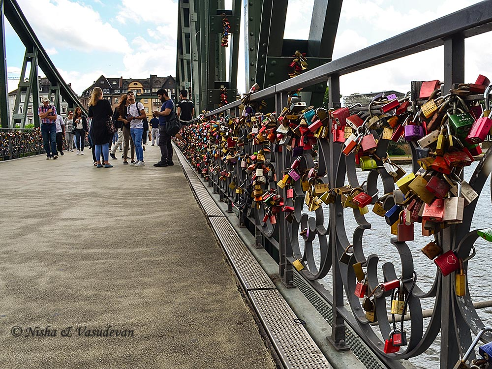 what to see in frankfurt, things to do, guide, itinerary
