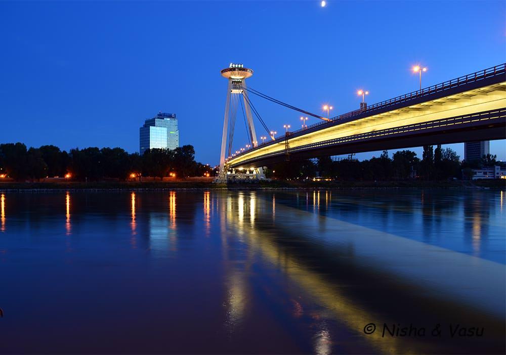 the year that was 2017 UFO bridge bratislava at night lemonicks.com