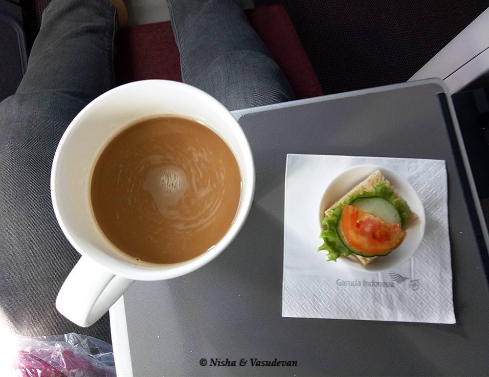 in flight meal in garuda airlines