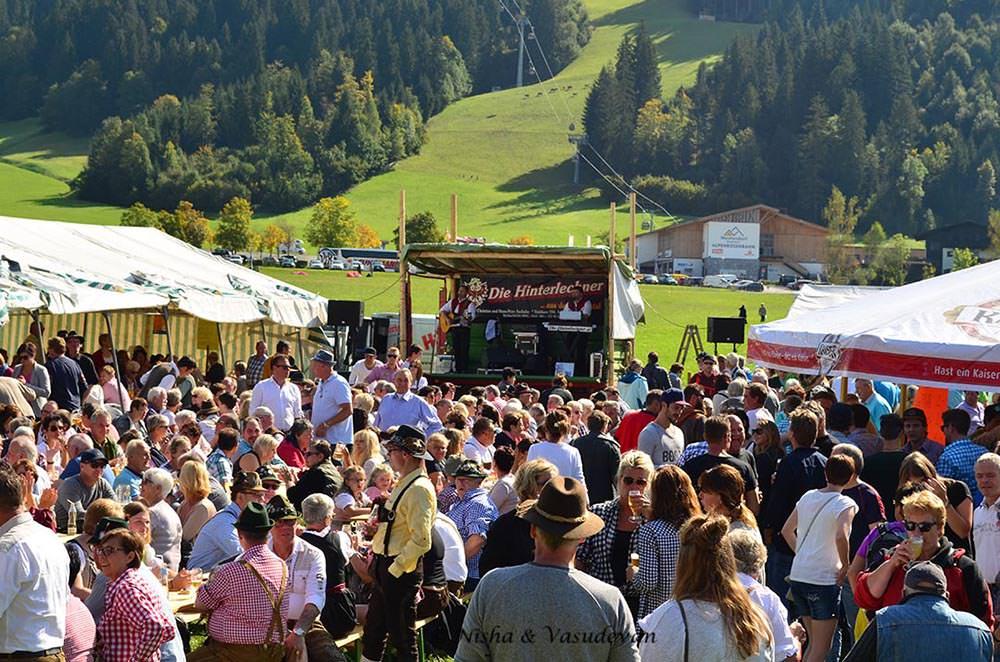 almabtrieb alpine cow festival Austria @lemonicks.com