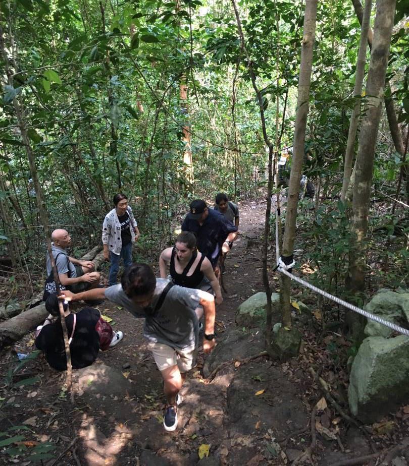hiking to bohey dulang