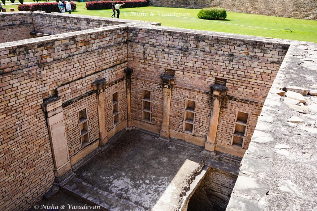 guide to chanderi underground excavated rooms